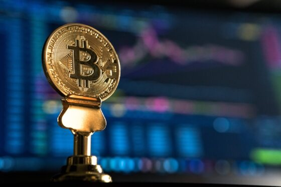 Bitcoin price crashes by over 10 percent